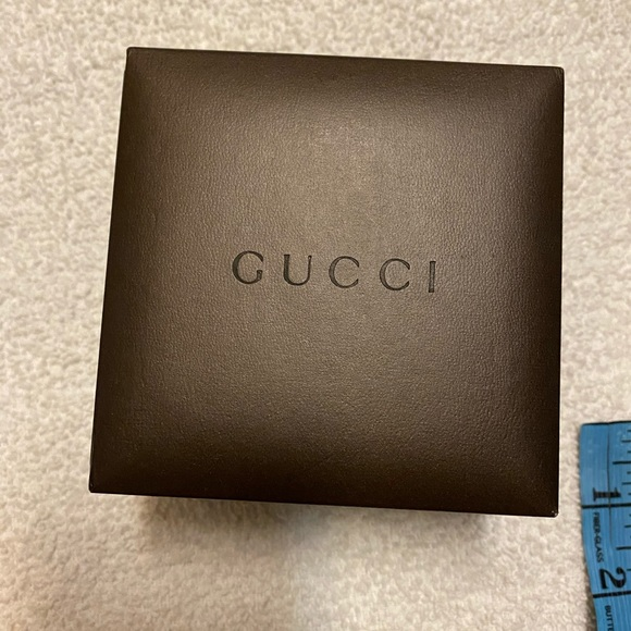Gucci Other - Gucci small box size 4 x4 inches it lightly used